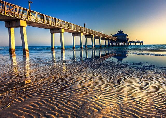 Fort Myer Beach